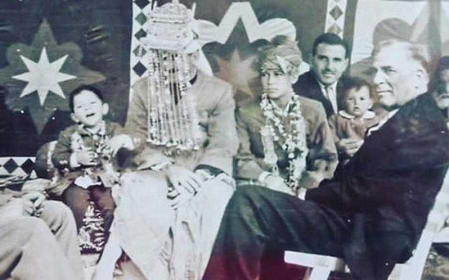 وزیرا عظم عمران خان کے بچپن کی تصویر سوشل میڈیا پر وائرل