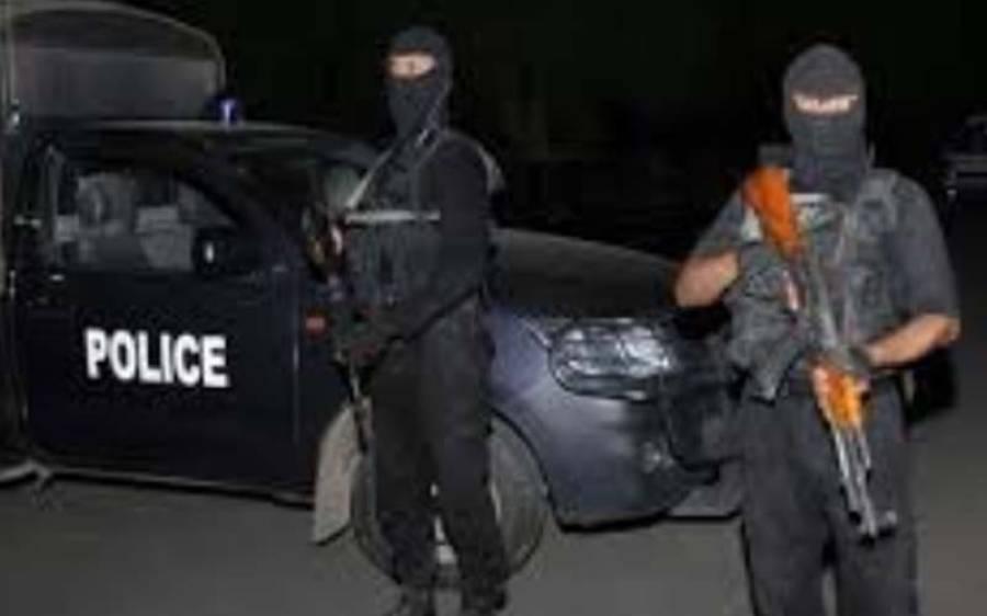 پشاور سے دو مبینہ دہشتگرد گرفتار، اسلحہ بھی برآمد