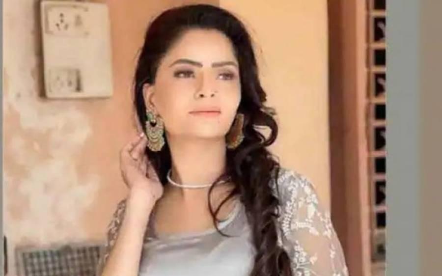 """"""" میں سب ناموں کو سامنے لاﺅں گی جو اس کاروبار میں شامل ہیں اور ۔۔""""راج کندرا فحش ویڈیو کیس میں گرفتار خوبرو اداکارہ 'جیہانا وسستھ ' نے بڑا دعویٰ کر دیا"""