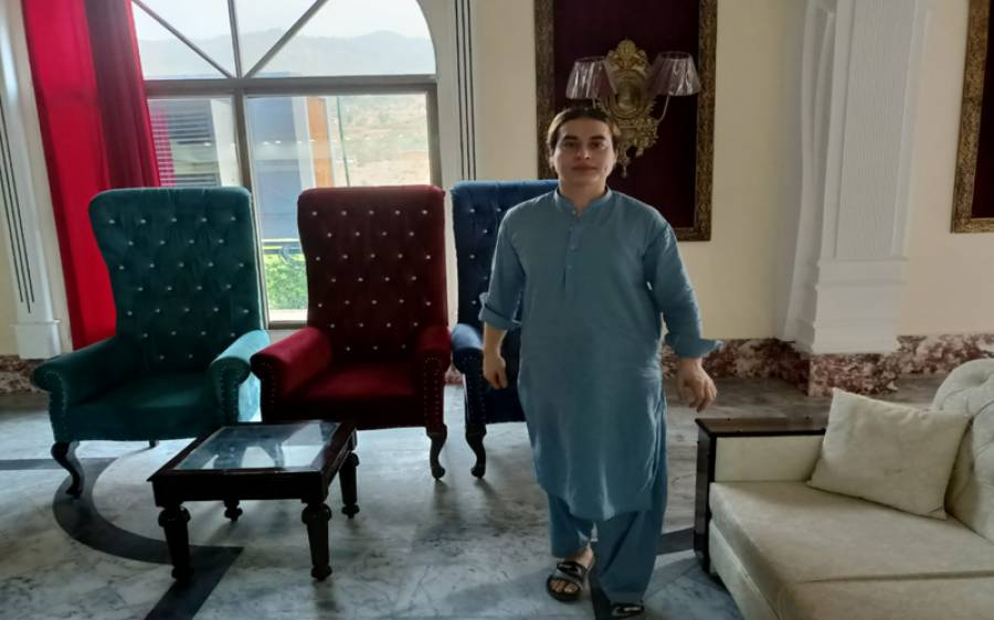 ناصر خان جان کی شادی کی تیاریاں، سسرال سے آئے فرنیچر کی تصویر شیئر کردی