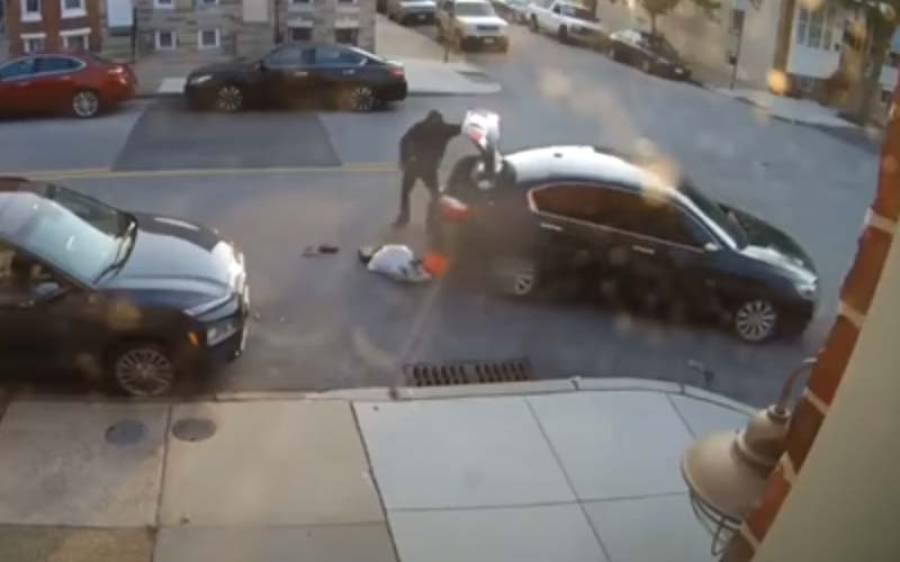 بیوی کی شوہر کو بار بار کار تلے کچلنے کی ویڈیو سامنے آگئی