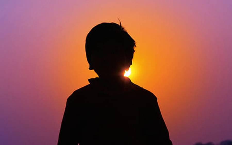 ہڈیارہ سے 14 سالہ لڑکے کی لاش برآمد ، مبینہ زیادتی کا شبہ