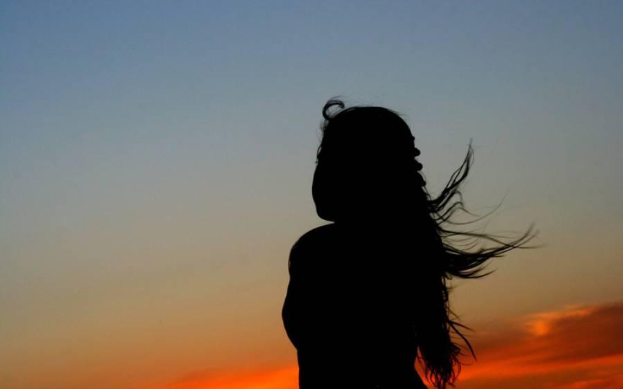 شیخو پورہ میں ڈکیتی کے دوران ڈاکووں نے ماں باپ کے سامنے بیٹی کو مبینہ زیادتی کا نشانہ بنا ڈالا