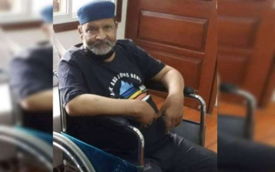 عمر شریف کی علاج کیلئے امریکا روانگی میں تاخیر کا فیصلہ، بڑی وجہ سامنے آگئی