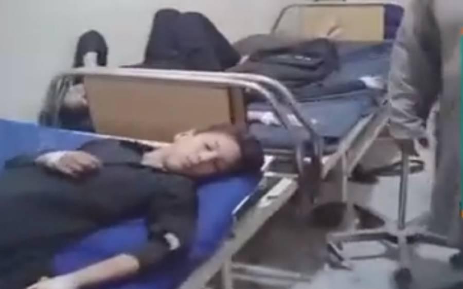 پیٹ کے کیڑے مارنے کی دوا دینے کی مہم، خیبر پختونخوا میں 22 بچوں کی طبیعت خراب ہوگئی