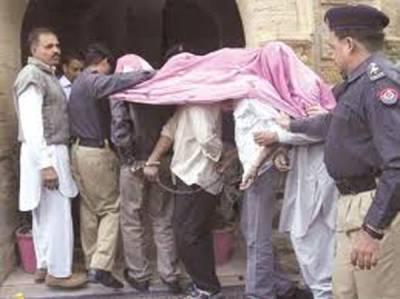 کراچی سے 4قاتل گرفتار ،دستی بم سمیت بھاری اسلحہ بر آمد