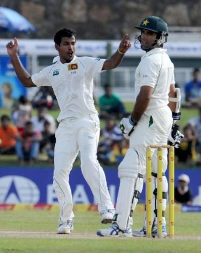 گال ٹیسٹ: پاکستان کے48رنزپر پانچ کھلاڑی آﺅٹ