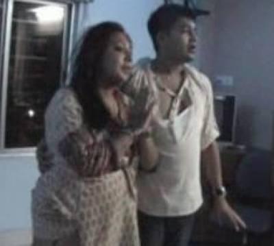 دوشوہروں والی بھارتی رکن اسمبلی شہریوں کے ہاتھوں پٹ گئی