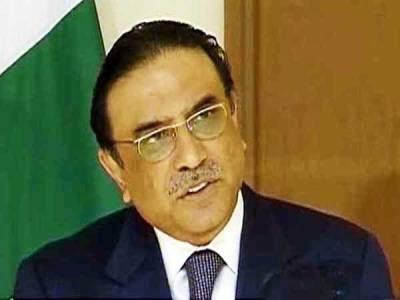صدر کا چیف الیکشن کمشنر کو فون ، عہدہ سنبھالنے پر مبارکباد