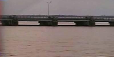 دریائے چناب میں ہیڈ مرالہ پر نچلے اور ہیڈقادرآباد پر اونچے درجے کا سیلاب