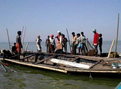 سمندری خلاف ورزی پر 11بھارتی ماہی گیر گرفتار