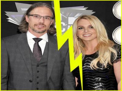 امریکی گلوکارہ برٹنی سپیئرز نے منگنی توڑنے کا اعلان کردیا