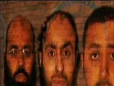 تین برطانوی مسلمانوں پر دہشت گردی کا الزام ، عمر قید کا امکان