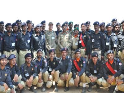 پنجاب پولیس 'ٹھیکے' پر بوڑھے فوجیوں کے سپرد