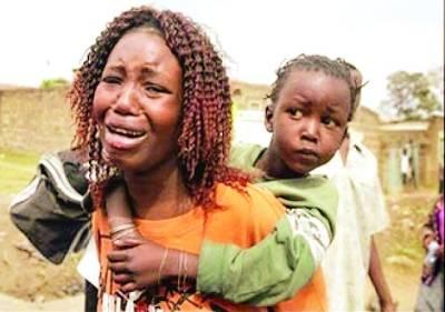 ابوجا: ایک خاتون اپنے عزیز کی ہلاکت پر رو رہی ہے