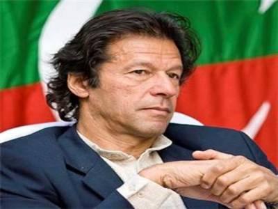 امریکہ ڈرون حملے بند کرے : عمران خان