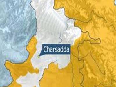 چارسدہ میں اے این پی کے دفتر کے قریب دھماکہ، ایک شخص جاں بحق , 12 افراد زخمی