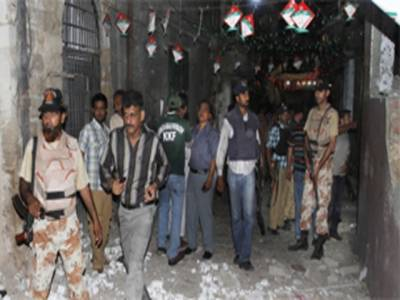 قائد کا شہر دہشت گردوں کے نرغے میں ، جگہ جگہ دھماکے ، تین افراد جاںبحق ، تیس سے زائد زخمی ، آج سندھ میں یومِ سوگ ، بڑے شہروں میں ہڑتال ہوگی