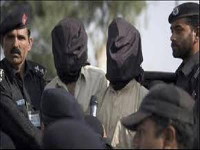 پشاور پولیس کی کارروائی ،50بوری بارود بر آمد ،2ملزم گرفتار