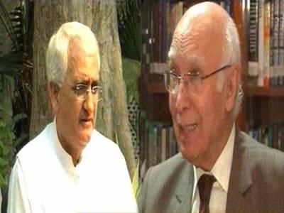 سرتاج عزیز کی بھارتی وزیرخارجہ سے ملاقات، ایل اوسی اور وزرائے اعظم ملاقات پر بھی تبادلہ خیال کیا: سلمان خورشید