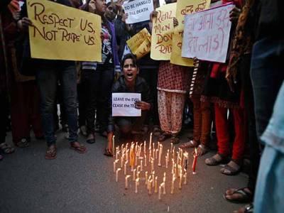 نئی دہلی ریپ کیس، عدالت نے چاروں مجرموں کو موت کی سزا سنا دی