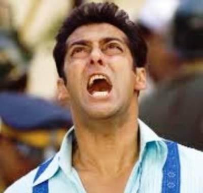 کترینہ اور رنبیر کی تصاویر کے سوال پر سلمان خان کو'آگ' لگ گئی