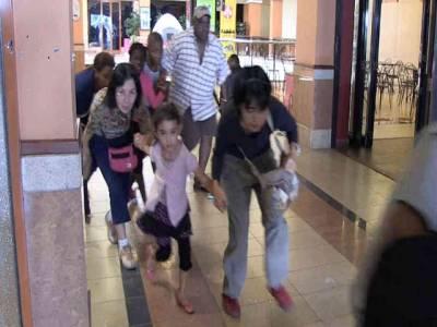نیروبی کے شاپنگ مال میں فائرنگ اور دھماکے ، فیصلہ کن کارروائی کا آغاز، ہلاکتوں کی تعداد70سے زائد ہوگئی