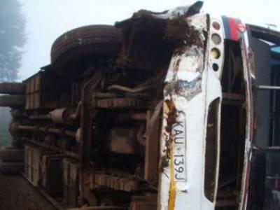 اسلام آباد سے کوئٹہ جانے والی مسافر بس الٹ گئی ،سات افراد ہلاک