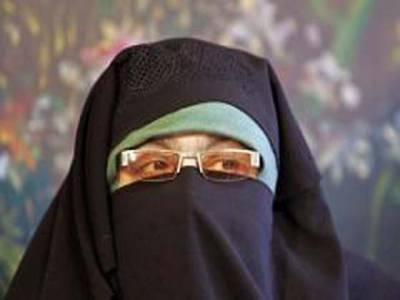 طالبان کی پیشکش ، پاکستان کی سرزمین پر گولی چلانا گناہ سمجھتی ہوں: آسیہ اندرابی