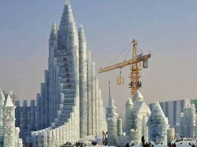 چین کا جواب نہیں ۔۔۔برف کا 20منزلہ محل بنا لیا