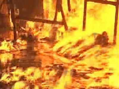 لاہور میں گتہ فیکٹری میں آتشزدگی ، ایک مزدور جاں بحق