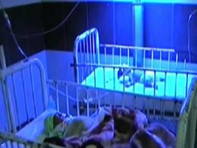 طبی سہولیات نہ ملنے پر چارنومولود جڑواں بہن بھائی انتقال کرگئے