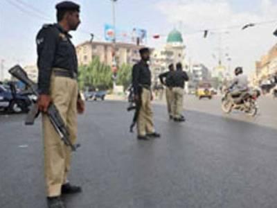 کراچی پولیس کی کارروائی ، ٹارگٹ کلر، لینڈمافیا کے چارکارندے گرفتار