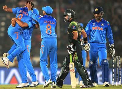 ٹی 20 ورلڈ کپ: پاکستان نے بھارت کو جیت کیلئے 131 رنز کا ہدف دیا،بھارت نے آسانی سے حاصل کر لیا
