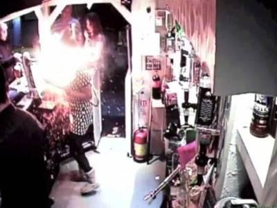 الیکٹرانک سگریٹ کا دھماکہ، خاتون زخمی