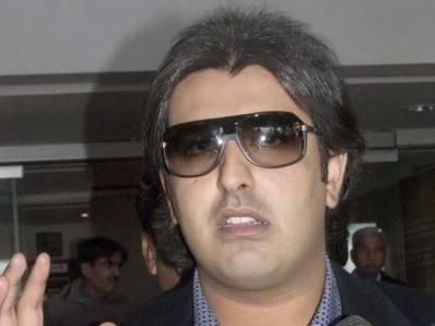 عبدالقادر گیلانی پر قبرستان پر قبضے کا الزام