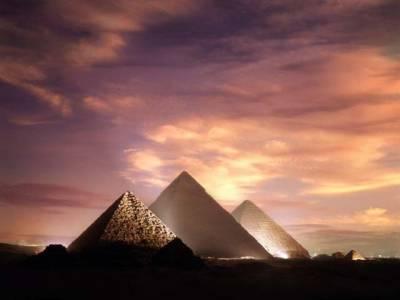 اہرام مصر کی تعمیر کا معمہ حل ہو گیا