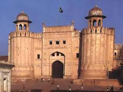 لاہور:پولیو ورکر بن کر بچے اغواءکرنے والی ملزمہ تھانیدار کی بیوی نکلی