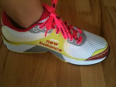 امریکی ساحل پرپانی سے ٹینس کے جوتے میں پندرہواں پاﺅں بر آمد