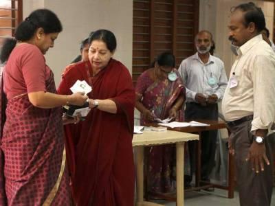 بھارتی انتخابات،گنتی جاری، نتائج کا اعلان آج ہوگا