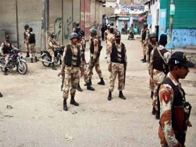 کراچی: پولیس مقابلوں میں تین ڈاکو ہلاک، بھتہ خور سمیت 8 ملزمان گرفتارِ