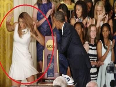 اوباما کا تقریب کے دوران خاتون کھلاڑی سے مذاق،بال بال بچ گئیں