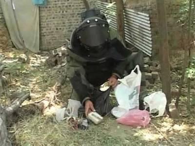 پشاور بڑی تباہی سے بچ گیا،سات بم ناکارہ بنا دیئے گئے