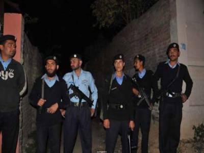 اسلام آباد :فائرنگ میں 2 پولیس اہلکار زخمی، 1حملہ آور ہلاک