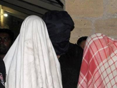 کراچی: پولیس کارروائی میں 3 ٹارگٹ کلرزسمیت 31 ملزمان گرفتار