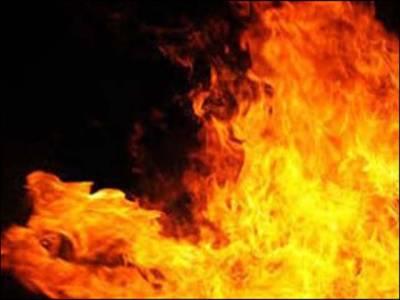 جعفر آباد : 18انچ قطر گیس پائپ لائن دھماکے سے تباہ