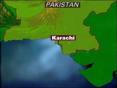 کراچی:مبینہ پولیس مقابلوں میں 2 ڈاکو،ٹارگٹ کلر مارا گیا