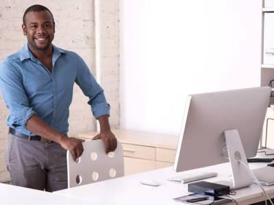 آفس میں ایک گھنٹہ کھڑا ہونا دل کے لیے مفید: تحقیق