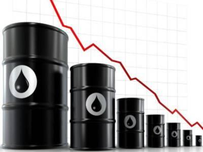 عالمی منڈی میں خام تیل کی قیمتوں میں کمی کا رجحان