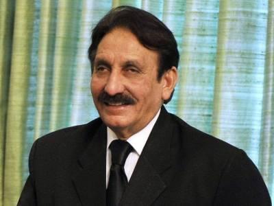 عمران خان کے الزامات بے بنیاد، محمد افضل کے الزامات کا جواب نہیں دوں گا: افتخار چودھری